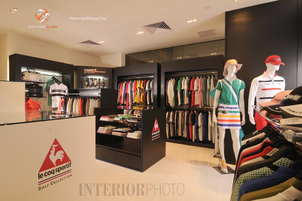 Shop interior design garment shop interior design retail for Boutique interior design