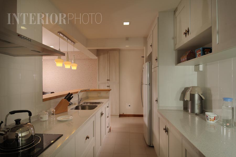 Country kitchen design for 4 room hdb bto flat in for Small flat kitchen design
