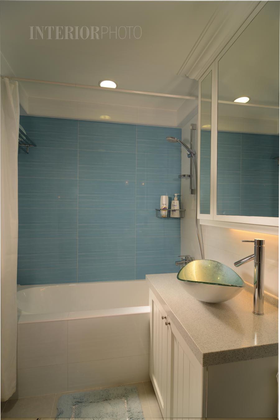 Aquarius by the park interiorphoto professional for Small bathroom design singapore