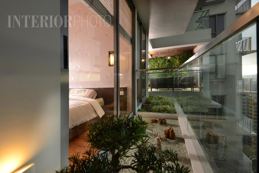 Beacon Heights InteriorPhoto Professional Photography  : Condo interior design Balcony zen garden from interiorphoto.sg size 900 x 601 jpeg 105kB