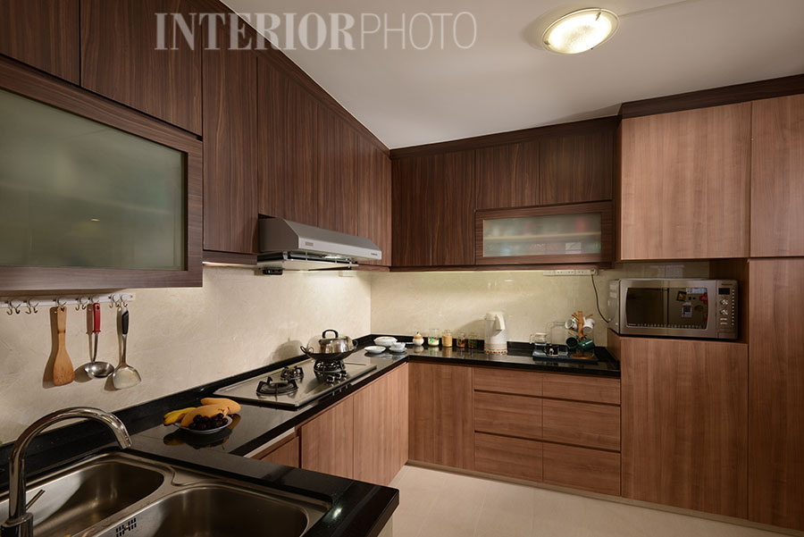 Jurong west executive maisonette interiorphoto for Earth tone kitchen designs